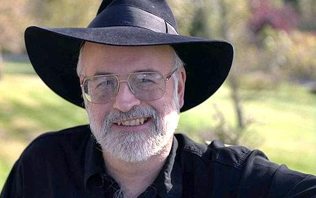TERRY-PRATCHETT-46_1000240c